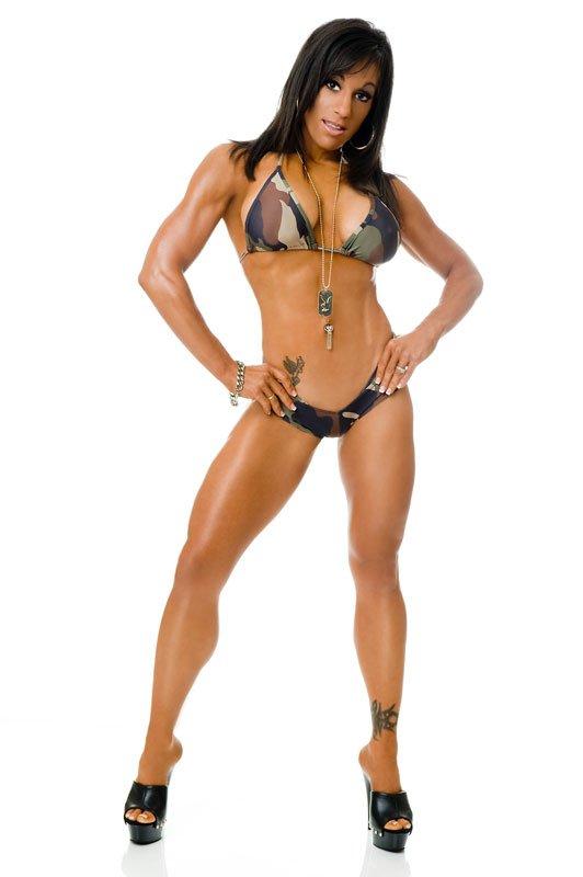 Over 40 Bodybuilder of the Week: Mary Roberti