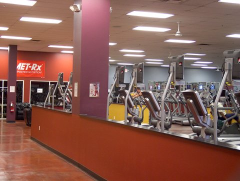 Powerhouse Gym Offers A Friendly, Non-Intimidating Gym For The Local Market.