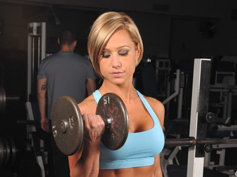 Lifting Weights Will Not Cause A Loss In Femininity.