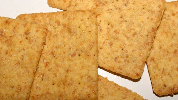 If Your Crackers Don't Contain 2 Grams Of Fiber Per Serving Then They Aren't Whole Grain