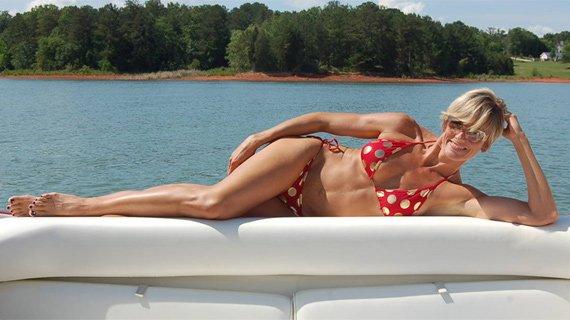 Even moms can have a bikini body!