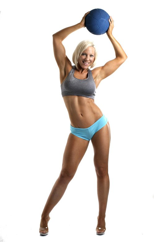 Amateur Fitness Competitor of the Week: Carly Thornton