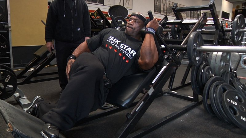 2011 Road To The Arnold Dexter Jackson Cuts Up Your Quads
