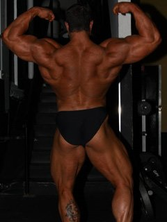 Dan Hill At 3 Weeks Out Weighing 260 Pounds