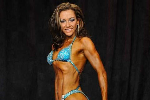 Over 40 Bodybuilder of the Week: Kathy Marcos