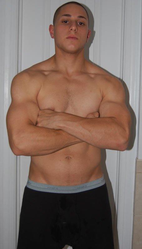 Weight: 178 lbs. Body Fat: 10% Waist: 30