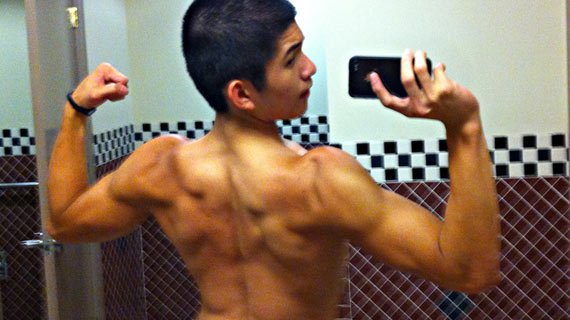 He found everything he needed at bodybuilding.com, motivation included!