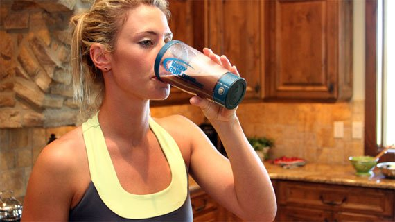 Start sipping on your shake 20-30 minutes prior to your training and continue to sip on it during your training session