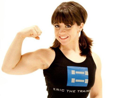 Sweet smile, stunning biceps!