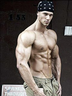 Bodybuilder Amateur 22