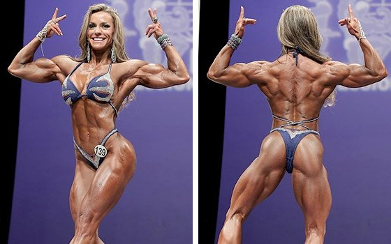 3 female bodybuilders play with each other 9