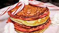 CANDY CANE PROTEIN PANCAKES