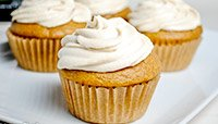 Snickerdoodle Protein Cupcakes