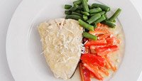 COCONUT HALIBUT WITH GREEN BEANS