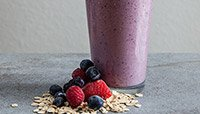 THE CLUTCH-BERRY MEAL REPLACEMENT SHAKE