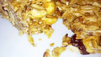 HOME-MADE GRANOLA BARS