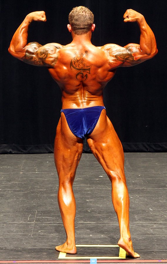 Amateur bodybuilder of the week build mass and stay at 10 for How much fish oil per day bodybuilding