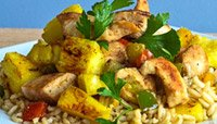 GRILLED CHICKEN WITH PINEAPPLES AND BELL PEPPERS