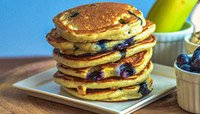 LEAN PRO 8, BANANA, BLUEBERRY, AND OATMEAL PANCAKES