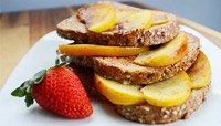 PROTEIN FRENCH TOAST WITH SAUT?ED APPLES