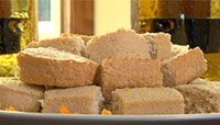 Video Article: Get Lean, Eat Clean With Jamie Eason - Carrot Cake Protein Bars