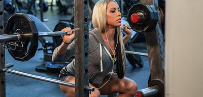 Ashley Hoffmann's Fall Muscle-Building Guide!