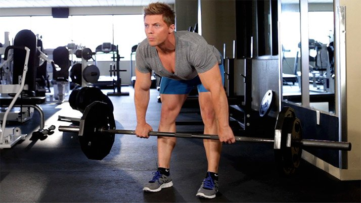 Good form is very important when you deadlift, so keep that core tight.