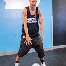 Standing medicine ball slam