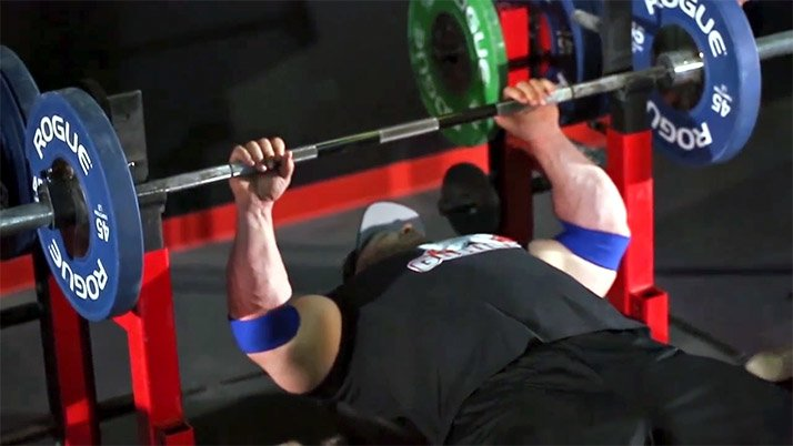 Thumb wide grip on bench press