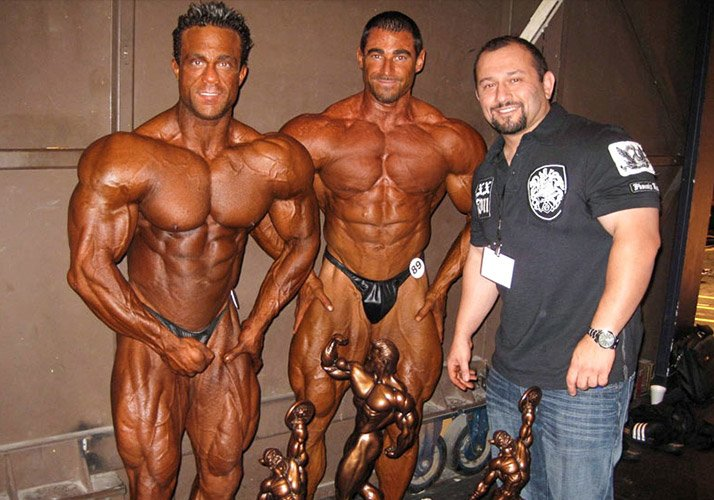 Haney Rambod with 2 bodybuilders