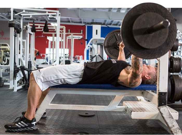 When You Dont Squeeze Your Shoulder Blades Shoulders Will Be In Front Of Chest Placing A Heavier Load On The Delts Says