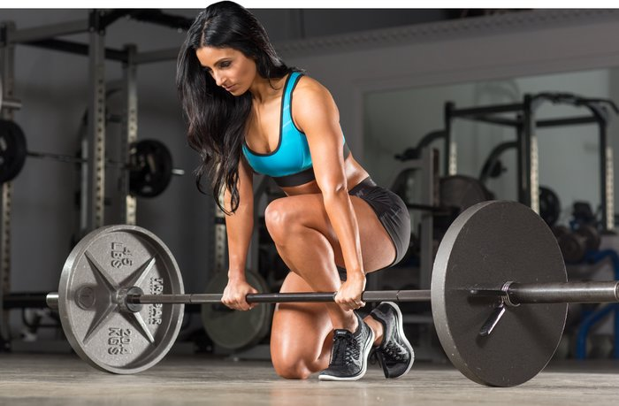 abda73e9b9dd The deadlift will also strengthen all the surrounding supporting muscles of  the waist