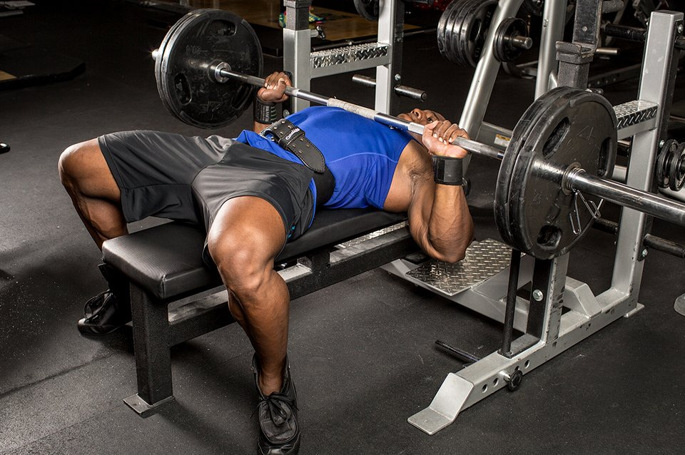 how to build endurance while weightlifting