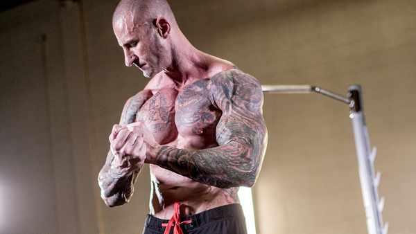 louis theroux bodybuilding in 2021 – Predictions