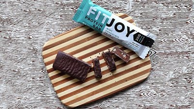 6 Reasons To Reach For A Protein Bar