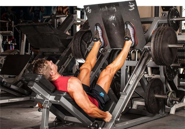 Why are my quads and hamstrings not getting any bigger but just stronger?