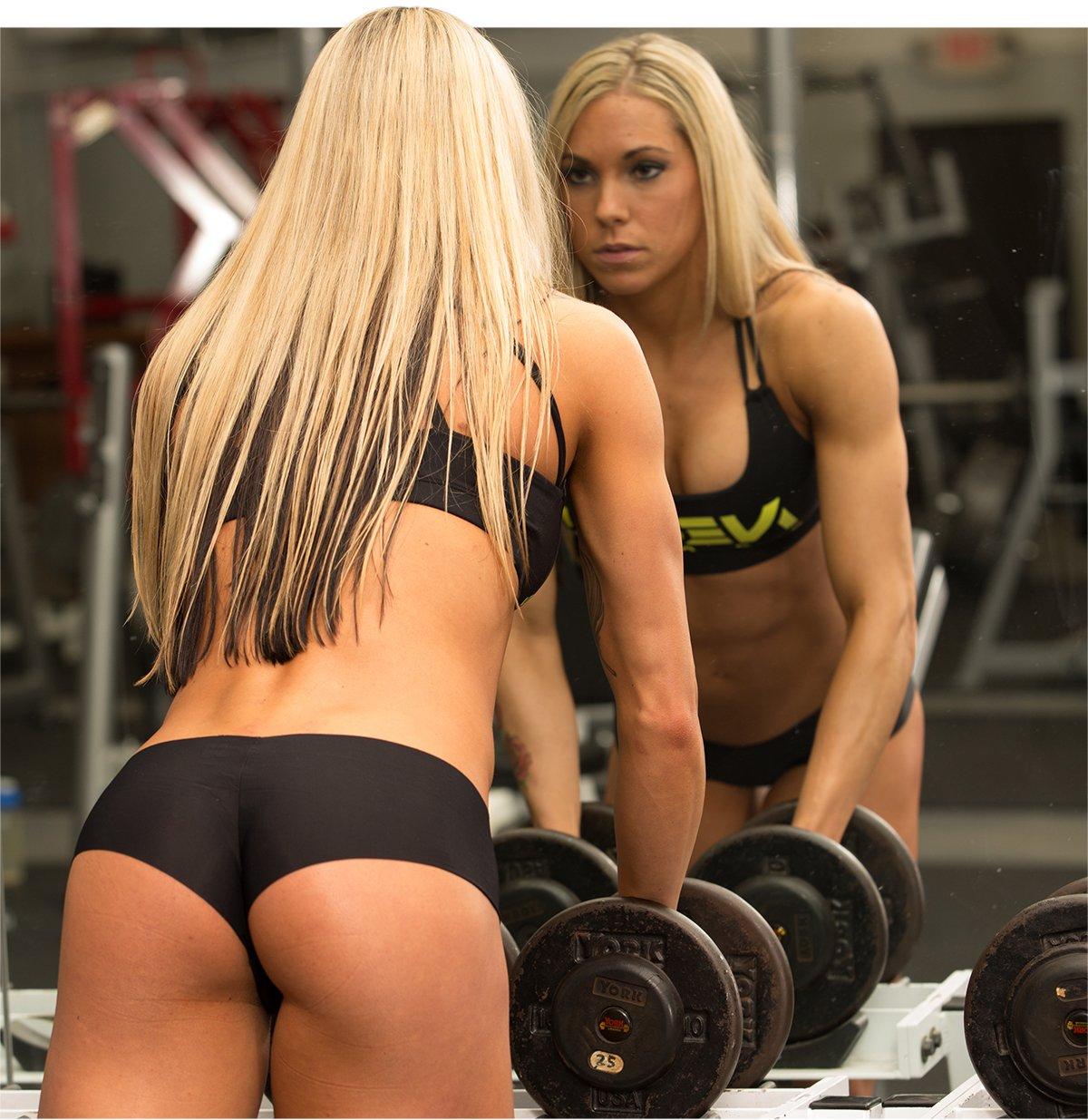 Bodybuilder female athlete sex machine 6