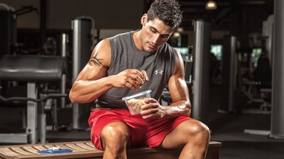 10 Newbie Tips For Bulking: Food, Supplements, Training and More!