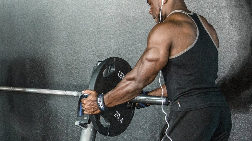 4 Powerlifter-Approved Moves For Big, Strong Triceps