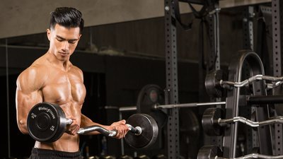 9 Killer Ways To Gain Muscle Naturally!