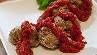 TURKEY MEATBALLS WITH MARINARA SAUCE