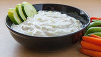 REFRESHING CUCUMBER DIP