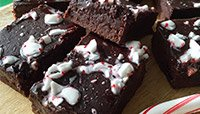 PEPPERMINT FUDGE PROTEIN BROWNIES