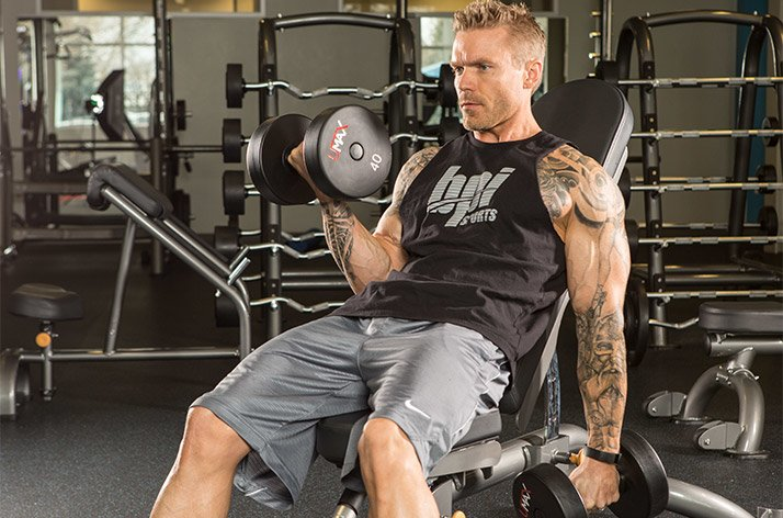 7 consejos debajo del radar para bíceps más grandes 4