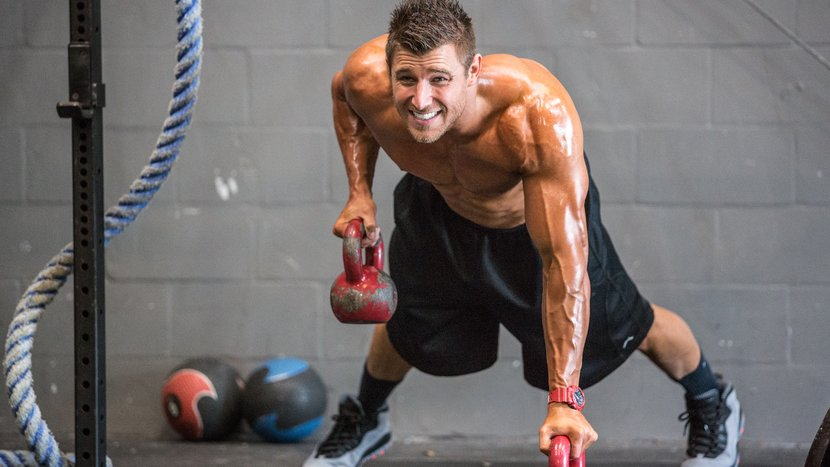 Build Muscle And Burn Fat With This End-Of-Year Blitz