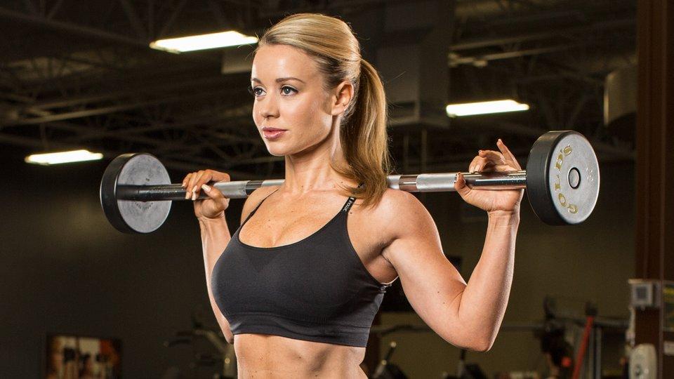 4 Old School Bodybuilding Exercises Every Woman Needs