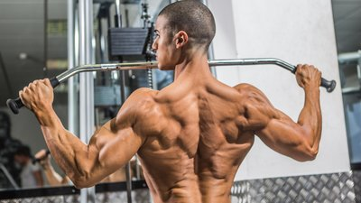 Are Traps Best Trained With Back Or Shoulders?