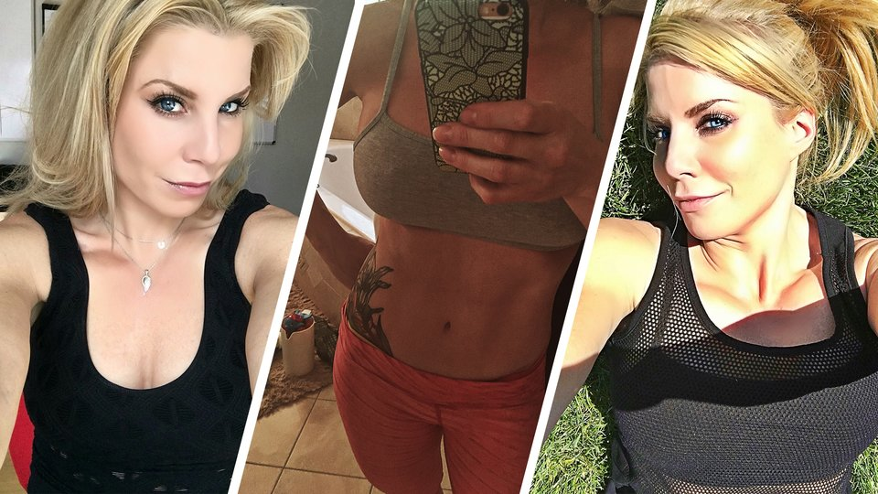 How To Keep Your Selfies From Ruining Your Life   Bodybuilding.com
