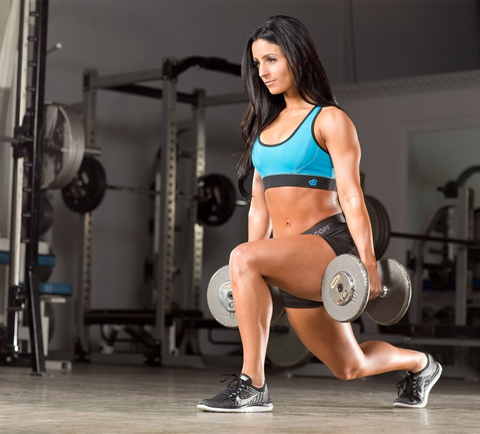 Team Bodybuilding.com The Biggest Beginner Fitness Mistakes: Paying Too Much Attention To Other Peoples' Opinons