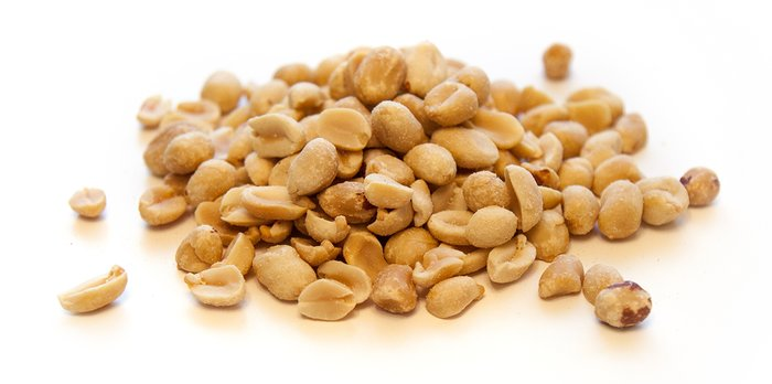 The 5 Nuts Fit People Eat: Peanuts